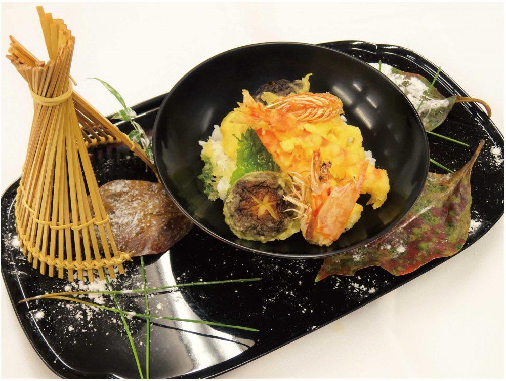 【日本料理】アツアツ!さくっ!海老の天ぷら丼 @ 和泉校本校