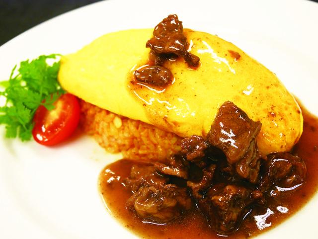 【午前】西洋料理:牛すじゴロゴロ オムライス