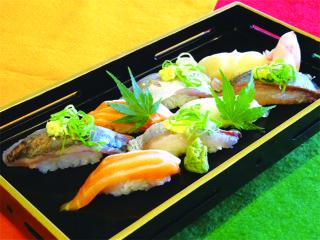 【日本料理】人気ネタ尽くし!握り寿司の盛り合わせ @ ecoleUMEDA校