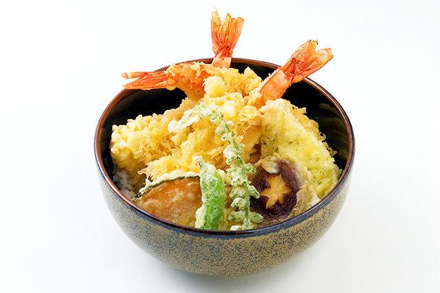 【午前】日本料理:170年の歴史 料亭の天丼